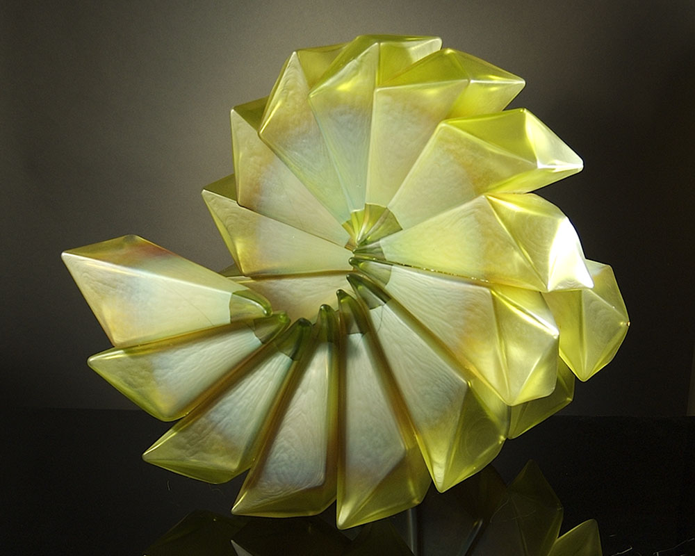 Royal_Geo16-40_CitronSpiral_Geometric_blownglass