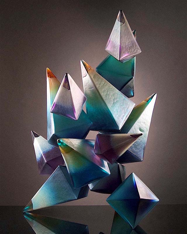 Royal_Geo17-16_FreshVioletGrowth_Geometric_blownglass_